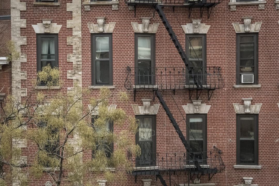 airbnb west village apartment new york lorrie graham. Black Bedroom Furniture Sets. Home Design Ideas