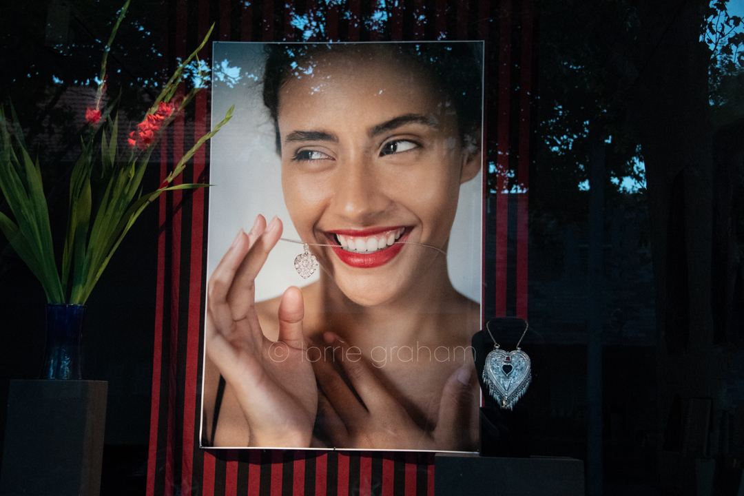 Valentine's day window dressing for Jewels on Queen pop up shop February 2019
