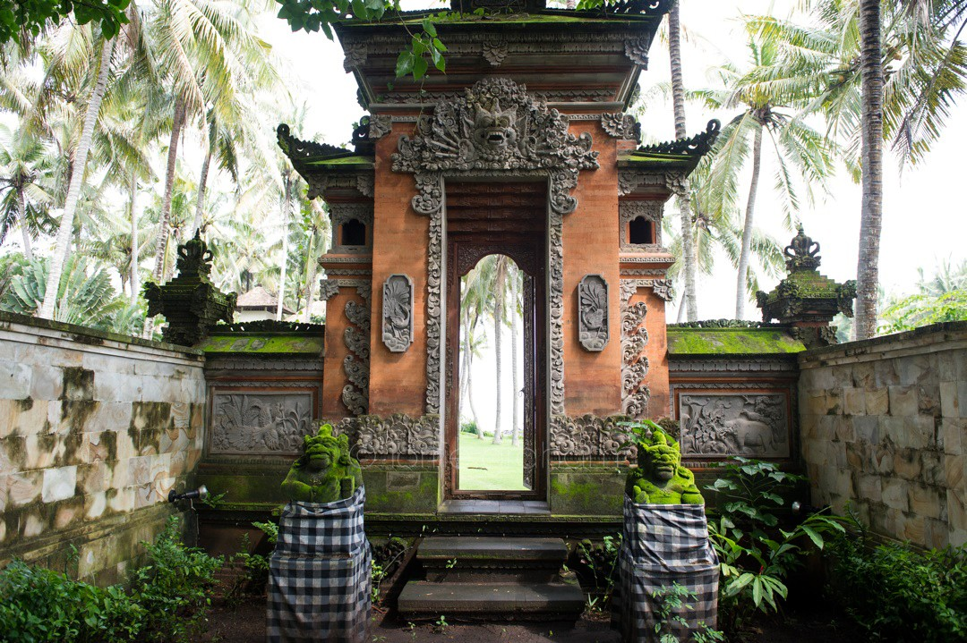 Entrance to the gardens at Villa Campuhan, East Bali