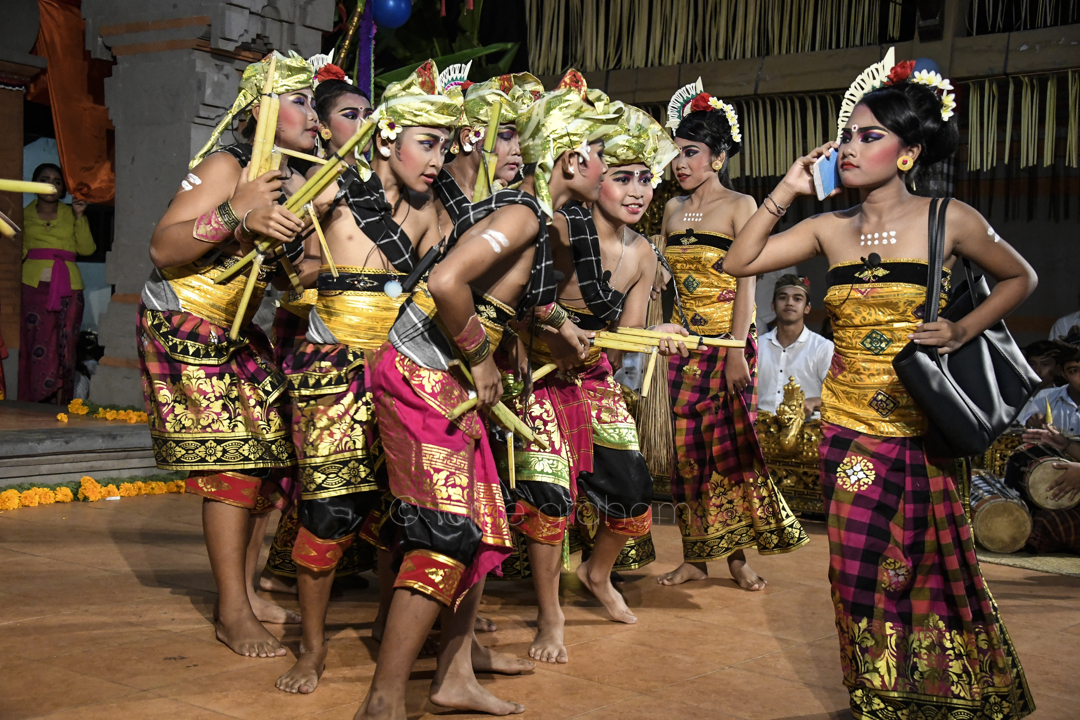 Images from the Ananda family village festival and dancing, Ubud, Bali, January 2018
