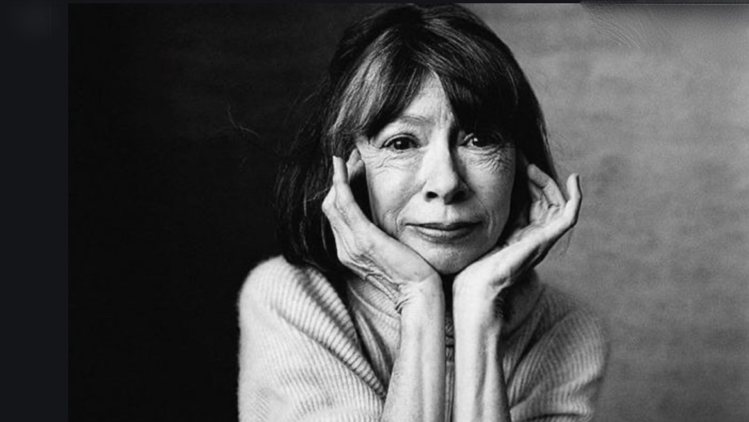 "Joan Didion's book "" Let me tell you what I mean "" is out today I am a Joan tragic so I'm beside myself with glee."
